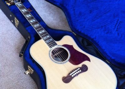 New Gibson Songwriter